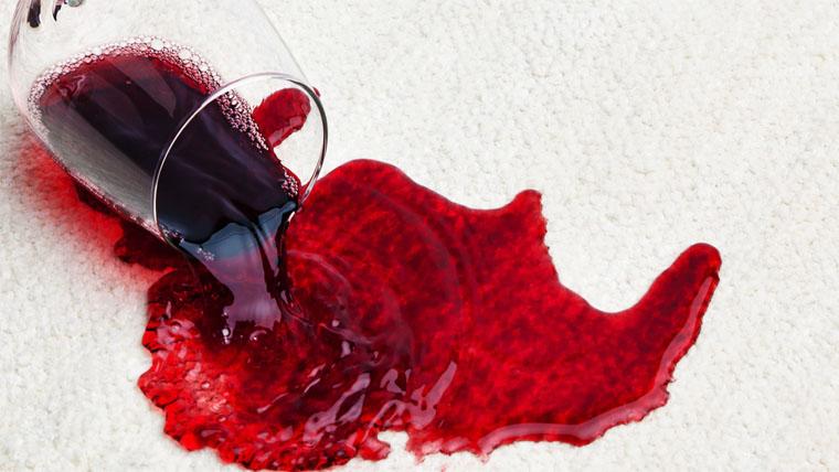 hogyan lehet eltávolítani a vörös foltokat a szájzugokban)