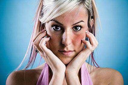 Eucerin®: Hiperérzékeny, bőrpírre hajlamos bőr | Bőrpírre hajlamos arcbőr