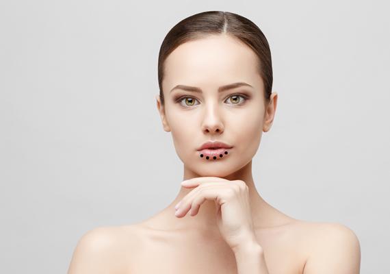 hogyan lehet meggyógyítani az arcon lévő vörös foltokat a horzsolásoktól